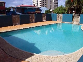Unit 4, Cooltoro Court, 7 Frank Street Coolum Beach, 400 BOND, LINEN INCLUDED