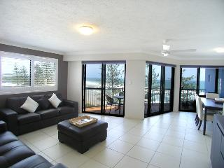Unit 10, The Rocks - Linen included, $500 BOND, Coolum Beach