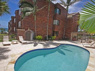 Unit 3, Coolum Cove, 1682 David Low Way, Coolum Beach, $200 BOND