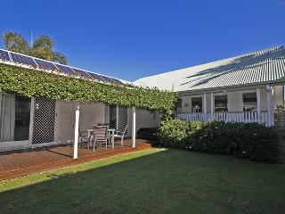 16 Beachway Pde, - Town of Seaside Marcoola  Linen Included, Pet Friendly, 500 BOND