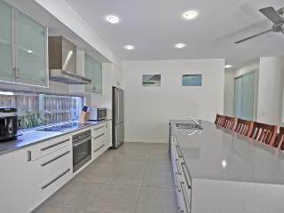 48 Boardrider Crescent, Mt Coolum - Pet Friendly, 500 BOND, Yaroomba