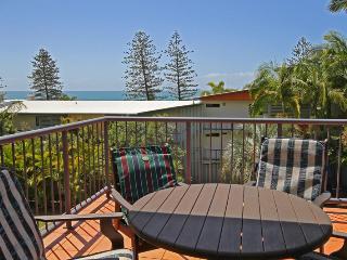 27 Coolum Terrace Coolum Beach, $500 BOND
