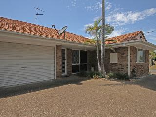 2 Eastern Court Mount Coolum, 400 DOLLAR BOND, Pet Friendly, Yaroomba