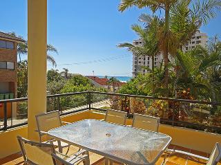 Unit 2, Bronte of Coolum, 8 - 12 Coolum Terrace Coolum Beach, $500 BOND