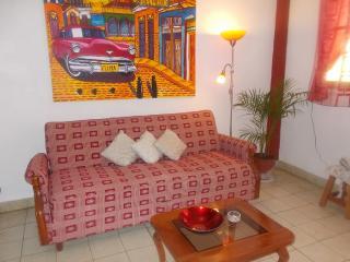 CASA NIEVES: Paraiso al centro de la HABANA, Havana