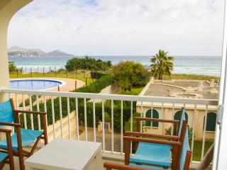 Fantastic, Frontline Apartment With Beach Access,, Playa de Muro
