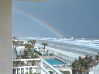 NEW Listing 3B/3B Ocean Front on Daytona Beach!