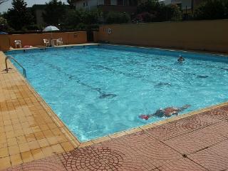 Spaziosa villa vicino mare, piscina e Roma, Anzio