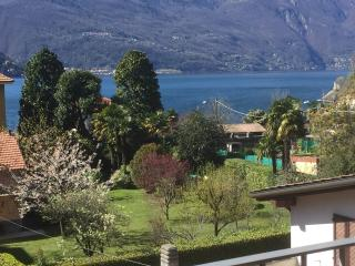 Bellavista Lake apartment, Maccagno
