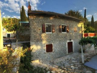 Stone House, Herceg-Novi