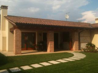 Lovely House near Bassano del Grappa, Rosa