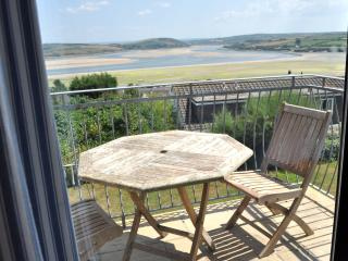 4 bed first fl apt-great views in Padstow Cornwall