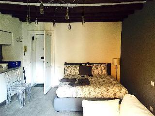 Milano Apartments - Navigli / Porta Genova, Milán
