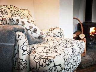 O so comfy armchairs