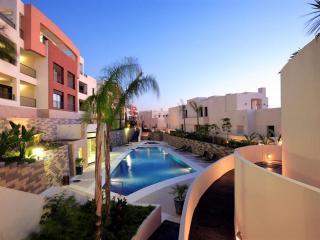 Samara Resort,  Los Altos de Los Monteros - 1732, Marbella