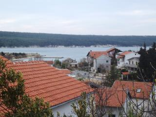 Apartment Kazi for 6 with sea view, Gornji Karin