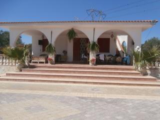 Villa tra gli ulivi nel Salento, Santa Maria al Bagno