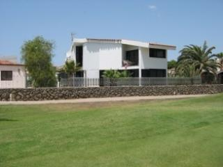QU6495731 Amazing 4 bedroom villa on Golf course, Tenerife