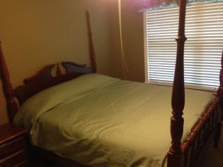 'The Regency' Bedroom Sleeps 2, Alpharetta