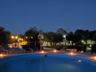 TRULLI HOLIDAY RESORT & PISCINA, Alberobello