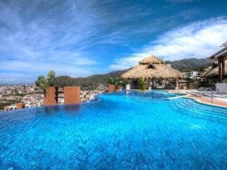Marvelous 2 Bedroom condo @ Residences by Pinnacle, Puerto Vallarta