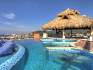Marvelous 2 Bedroom condo @ Residences by Pinnacle, Puerto Vallarta
