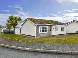 CANN ROSS, detached, single-storey cottage, garden, WiFi, in Penally, Ref 919182
