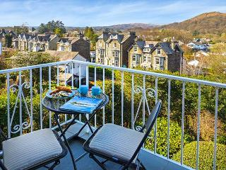 TODD CRAG, beautiful views, WiFi, off road parking, apartment in Ambleside, Ref.