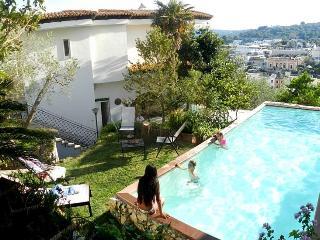 Villa Blumarine: Attico, Castro