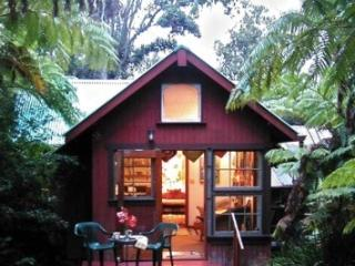 Ferny Hollow- Romantic Rainforest Cottage, Volcano
