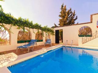 La Piriposa, piscina privada WIFI 4 pax tranquilo