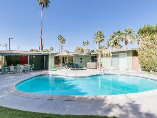 Stylish 3BR Palm Springs Home w/ Pool & Hot Tub – Walk to Shops & Dining