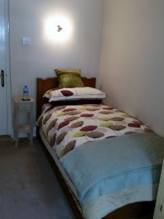 The second bedroom offers a cosy refuge for an adult (or 2 children with the additional pullout bed)