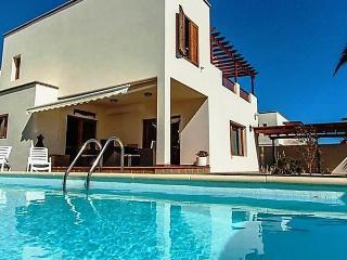 Villa Salinas, Teguise