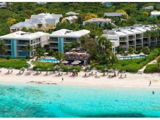 Developers own penthouse directly on the finest snorkelling reef on Grace Bay