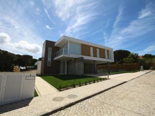 Obidos Lagoon 4 Bedroom Villa with private swimming pool