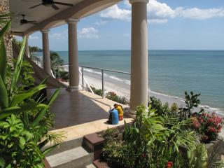 Suites on the Beach - Beachfront Luxury!, Playa Coronado