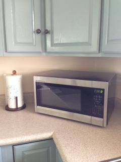 Brand new microwave.