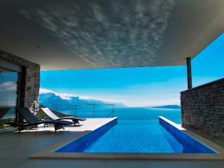 Villa in Omis with breathtaking seaviews, Lokva Rogoznica