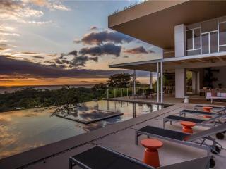 Villa del Sol Turquoise View, Nosara