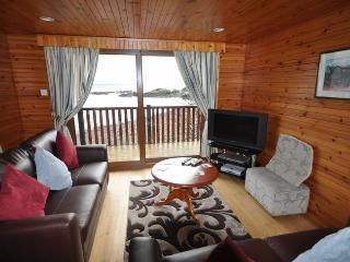 A466D Log Cabin in Lochgilphea, Ardrishaig