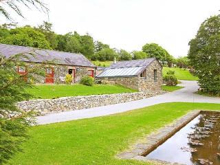 MEADO Barn in Llandovery, Llanfair Clydogau