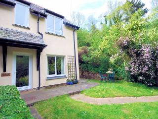 PRIMC Cottage situated in Bovey Tracey (3mls NE)