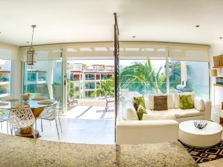 Ocean View Penthouse at The Elements PH5, Playa del Carmen