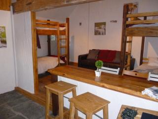 Wills Barn, Fenns Farm Accommodation, Peak District, Manifold Valley