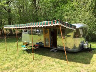Vintage Airstream Caravans in Dordogne (Gîtes), Meyrals
