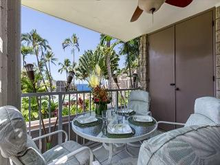 Great Ocean Views, Well Maintained and Close to Town! Alii Villas 208, Kailua-Kona