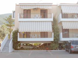 To Akrogiali Apartements Seaside