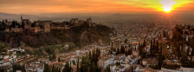 Sunset at the Alhambra in Granada 1 h
