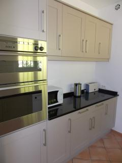 Newly refurbished beautiful fitted kitchen